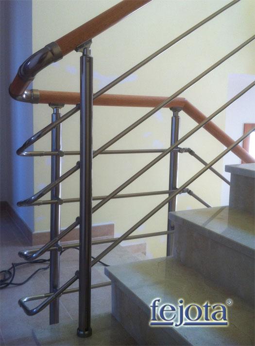 Barandillas de aluminio inox y pasamanos de madera - Barandillas de cristal y madera ...